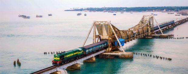 indian-train-tour